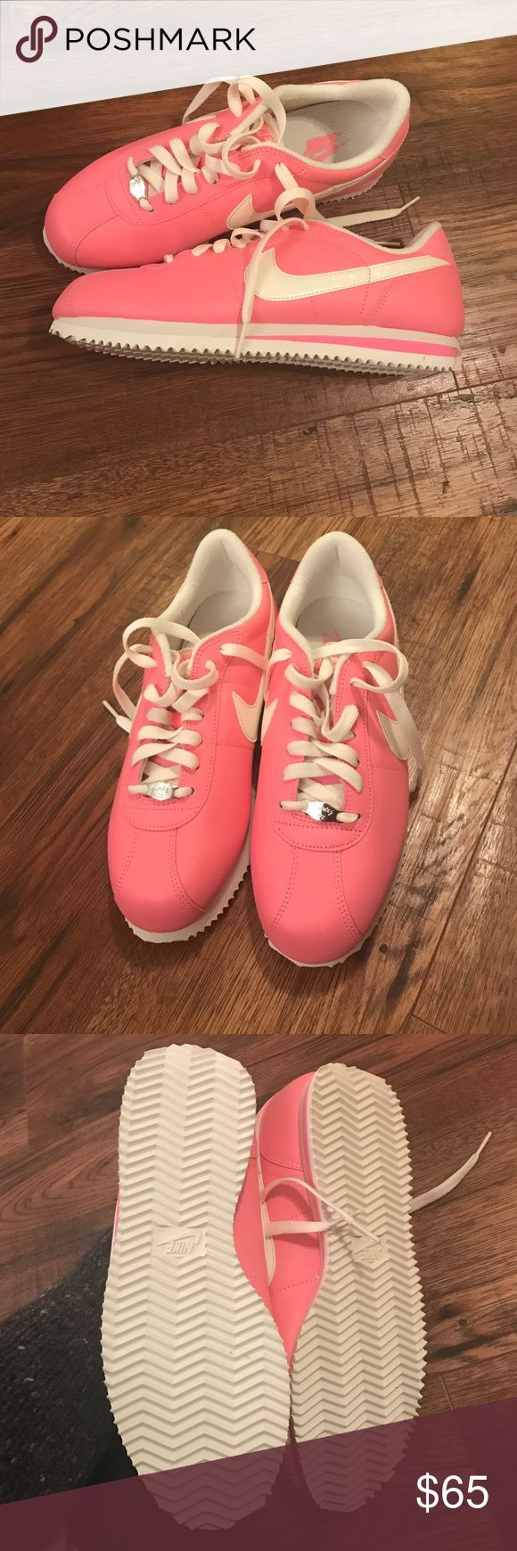 Nike Cortez 72 Pink and white! So cute. Great for summer. Never worn Nike Shoes