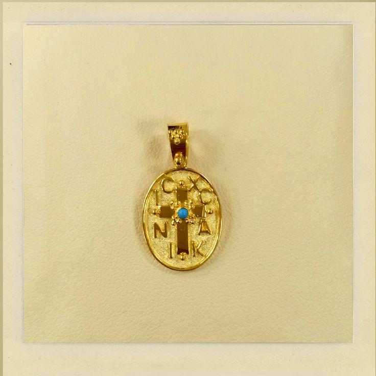 gold charm 18k with precious stone