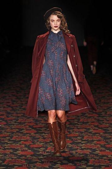 Lena Hoschek. I wanna make this dress.