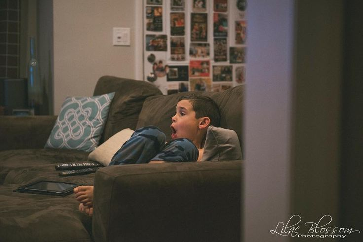 {1/365} My 7yr old discovered Americas Funniest Videos on TV. He's hooked. #365 #365Project #ThreeSixtyFive #OnePhotoEveryday #PersonalProject #family #lilacblossomphotography #longislandphotographer #longislandfamilyphotographer #longislandnewbornphotographer #longislandchildrensphotographer #nassaucountyphotographer #suffolkcountyphotographer #nycphotographer #longislandmoms #longislandfamilies #family #nikon #2017 #familyphotos #love #Storytellerschallenge