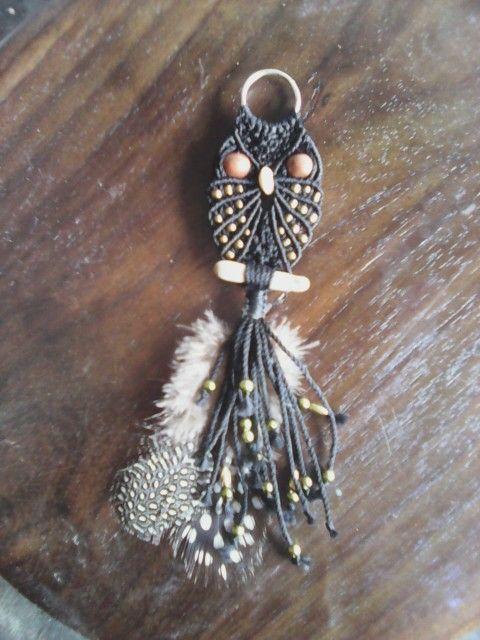 Owl macrame pendant