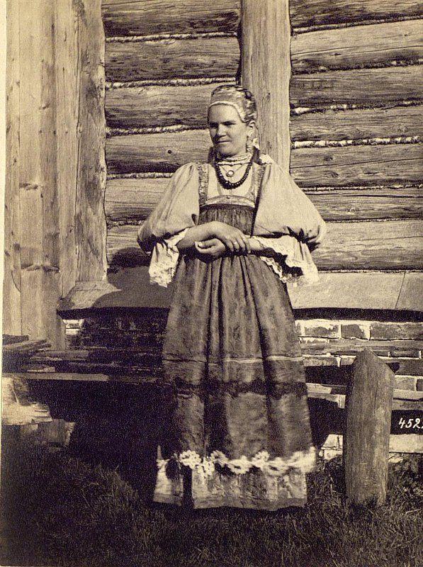 Каррик Вильям (Василий) Андреевич  Фотоотпечаток. Зажиточная крестьянка. Русские (1871-1878)