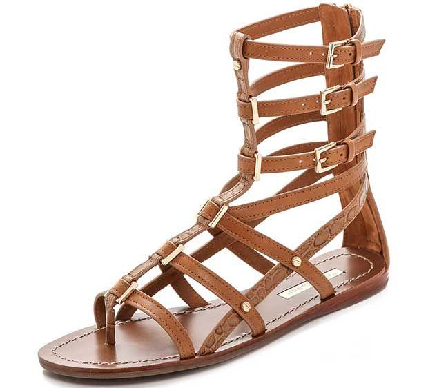 How to Wear Flat Gladiator Sandals Like Ashley Greene