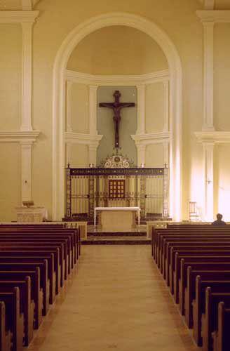 Small Church Sanctuary | April 10 2009