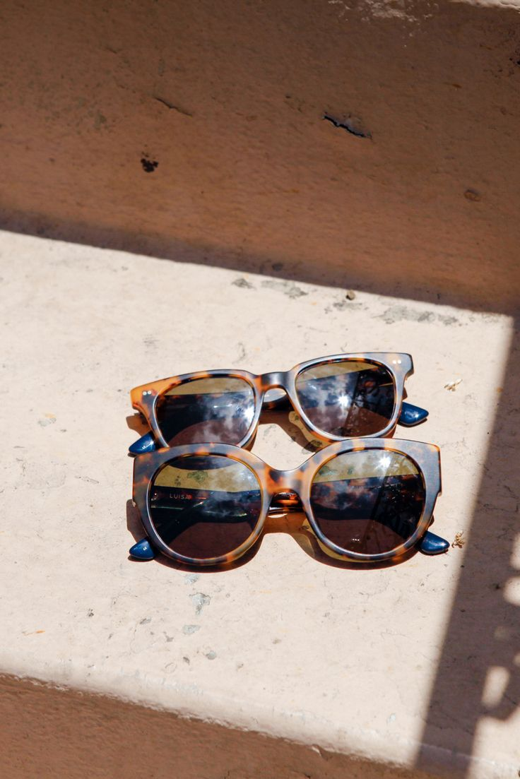 These TOMS sunglasses in tortoise shell will add a vintage pop to your look.