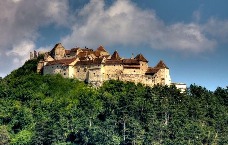 Rasnov-fortress, Transylvania, Romania. www.romaniasfriends.com / Tours/ Ten castles and fortresses in Romania