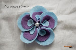 Housewife Eclectic: Camri Flower- a felt flower tutorial