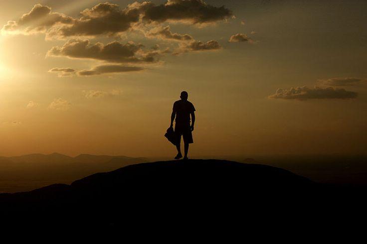 Pôr-do-sol sobre a Serra Grande, um dos atrativos naturais mais impressionantes de Roraima MAIS Eduardo Vessoni/UOL