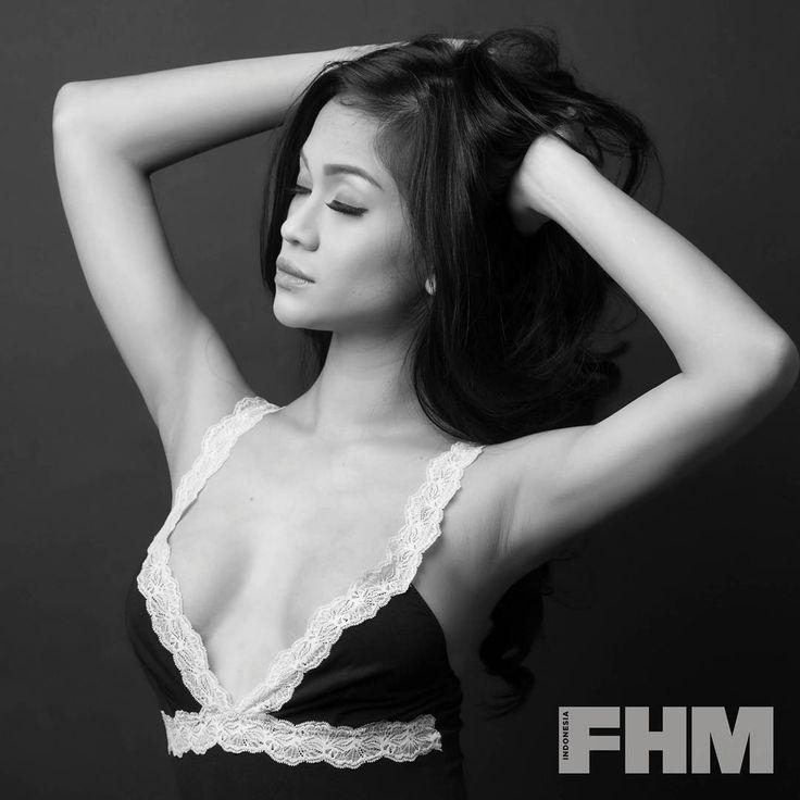 "FHM Indonesia on Instagram: ""Cut Rizky, ""tetangga terseksi"" kami tahun ini yang menjadi cover girl FHM November 2017. #FHMIndonesia #FHMGND2017 #Winner #CutRizky…"" • Instagram"