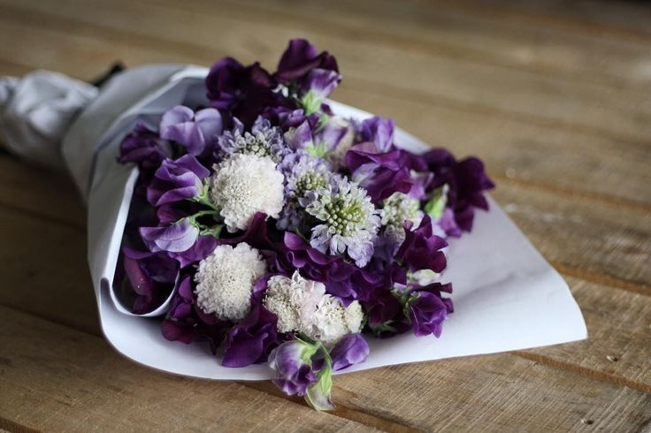 Purple bouquet:scabiosa and sweet pea  by @dittodittofloral