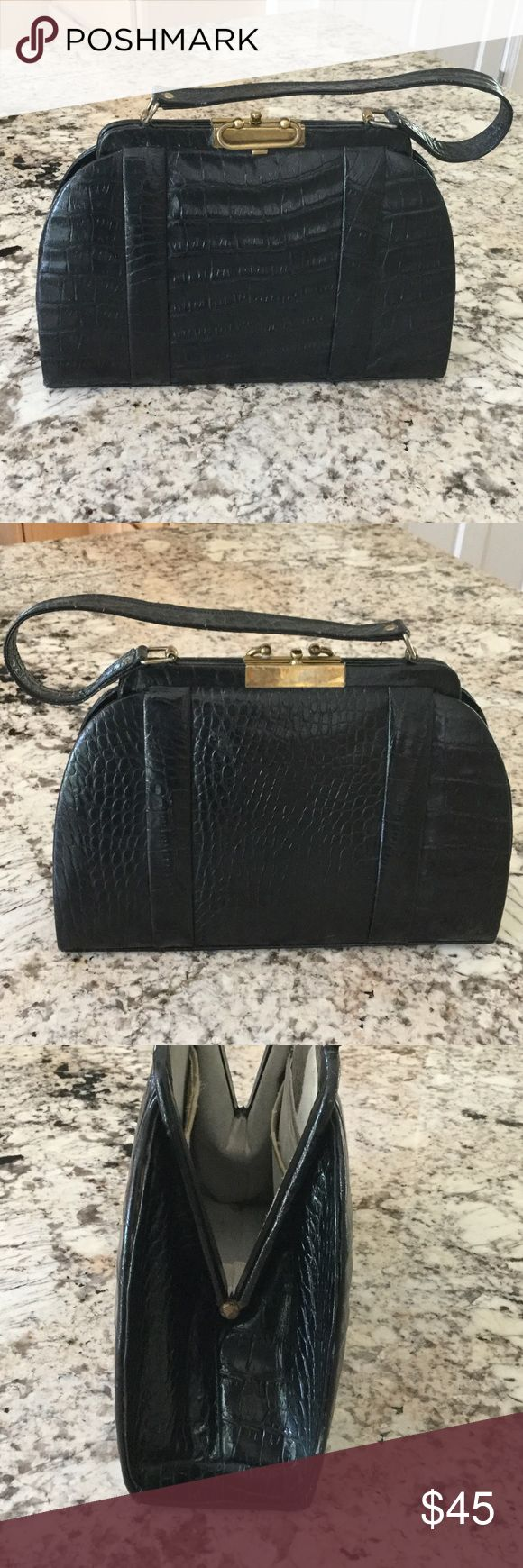 """Vintage Gold Coast alligator handbag. Really fun vintage bag that is showing some wear on the inside but the outside is in very good condition. The bag is 12"""" long, 3 1/2"""" wide and 8"""" tall. The strap is 13"""" long. gold coast Bags"""