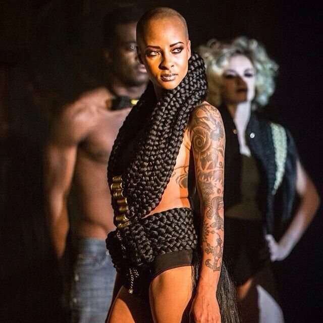 Comedy queen défilé by MURIELLE KABILE #lereservoir 11/10/2015 #hapsatousy #defile #mode #hairdutemps #muriellekabile #show #crystalevents #hair #hairdress #hautecouture #fashionweek #hautecouturefashionweek #modele #stephanielambert #bossofselfie #mannequin #loft #creation #createur #stylisme #styliste #mode #fashion #paris #newyork #londres #tokyo #barcelone by adamacrystalevents