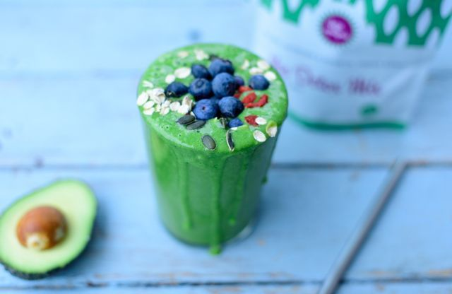 Smoothies That Will Help You Get Rid Of A Hangover | CAREER GIRL DAILY | Bloglovin'