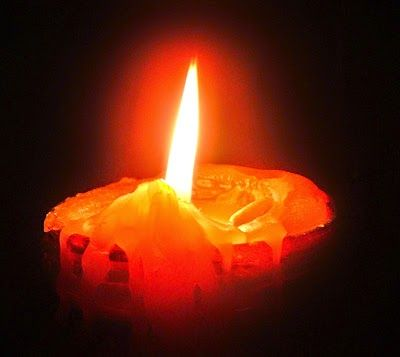 #candele #cera #lucidopermobili #grumi #oliominerale  Tutto cominciò...: Candele, cera e lucido per mobili, alcuni consigli...
