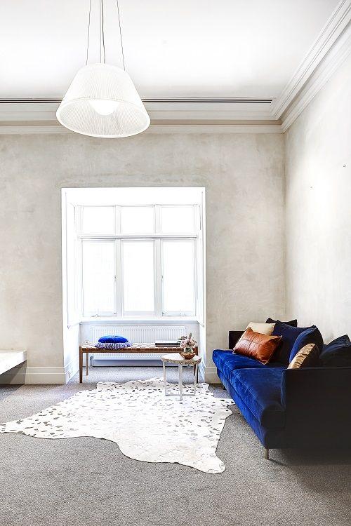Romy from Home Room Studio (@homeroom studio) has created this gorgeous space specifying the radiant Gus* margot sofa in midnight velvet. #globewest #velvet #jeweltones #interior #decor #luxe #classic