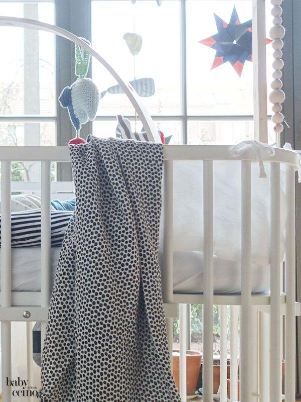 die besten 25 baby laufstall ideen auf pinterest laufstall ideen laufstall und baby spielplatz. Black Bedroom Furniture Sets. Home Design Ideas