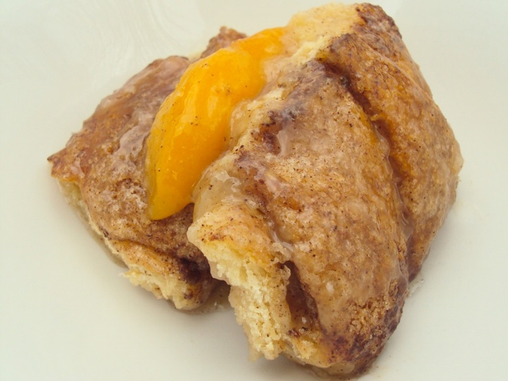 Deliciously Simple Peach Dumplings YUMM!!Delicious Desserts, Peaches Dumplings, Yummy Food, Ass Fattening Recipe, Simple Peaches, Delicious Simple, Sweets Yummy, Sweets Tooth, Food Recipe