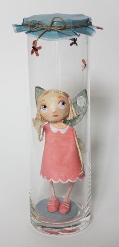 Chloe Remiat - Fairy jars
