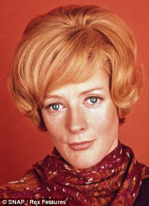 Maggie Smith in The Prime of Miss Jean Brodie in 1969     Read more: http://www.dailymail.co.uk/tvshowbiz/article-2240724/Downton-Abbey-Photos-stars-household-names.html