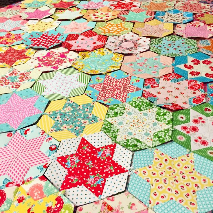 english paper piecing quilt patterns English paper piecing is the perfect type of patchwork to take on-the-go read on for our free step-by-step guide to how to epp tagged with: english paper piecing, issue 56.