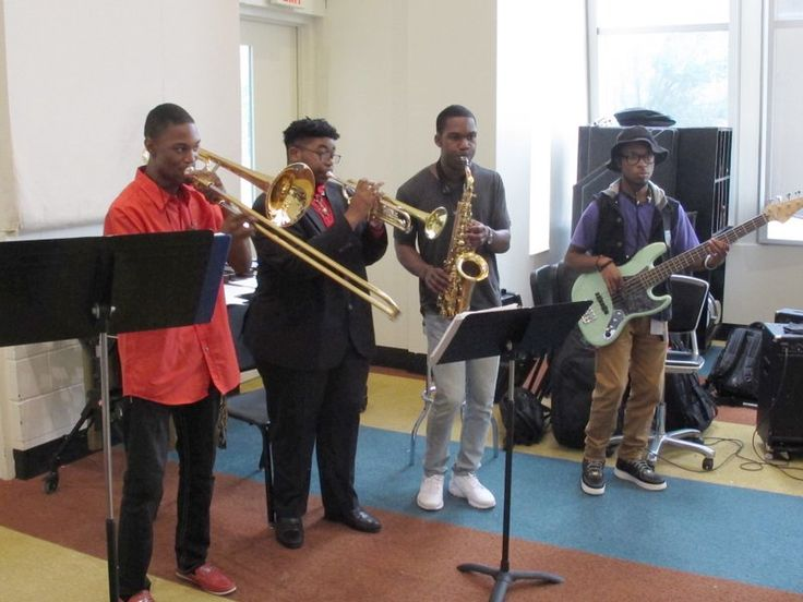 Teen musicians to take soulful Memphis Sound anew to Europe - a free after school program called Stax Academy, in Memphis - is  helping young people find  a path for their future. Students learn to sing, dance, and  whatever instrument(s) they like - the music - Memphis Soul - the music of my high school years. I love that music, deeply felt emotions radiated from it. It is a really nice article. Some of the teens are set to make Memphis Soul reach London and Paris to new generations.