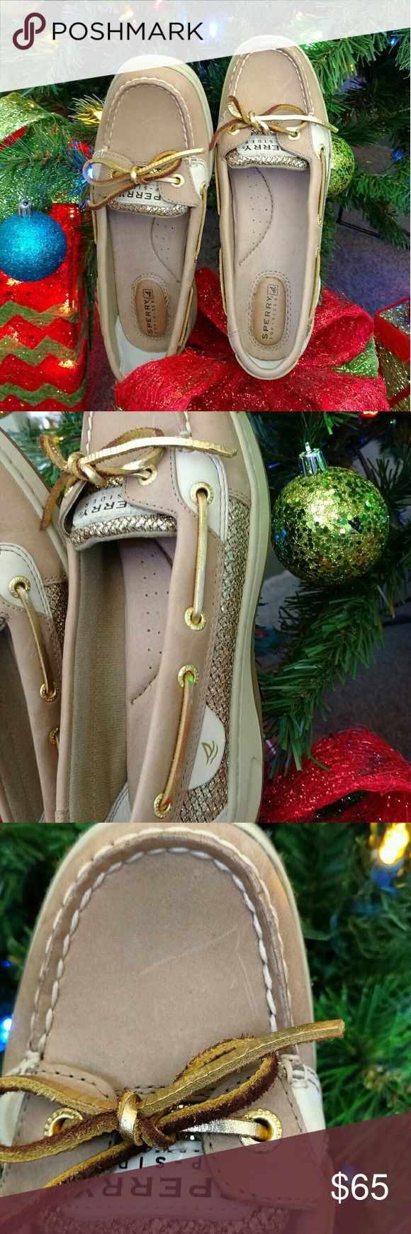 Sperry Christmas 🎁🎁🎄🎄 Women's new only tried on in the house  my daughter didn't like them pictures show small scratch on top from being stored ..perfect gift .. bundle and make a reasonable offer .my loss your gain 🎄🎄🎁🎁🎁🎁🎁🎁 Sperry Top-Sider Shoes Flats & Loafers