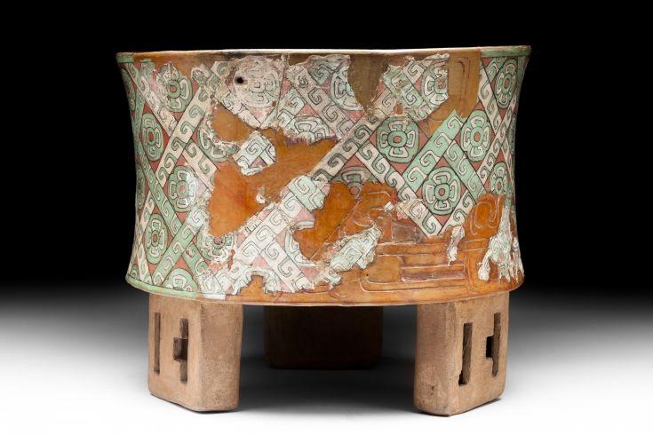 8 teotihuac n vase cylindrique tripode c ramique stuc et pigments pieds tripodes et. Black Bedroom Furniture Sets. Home Design Ideas