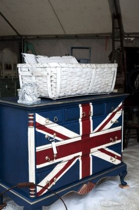Union Jack Dresser ♥