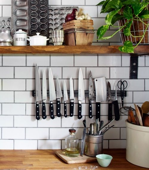 Your bulky knife block is taking up valuable counter space, use a magnet.