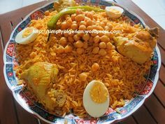 #Algerian Tlitli | #meat or #chicken #orzo #smen #onion #chickpeas #raselhanout #garlic #tomato #hotpepper #eggs #TESTED