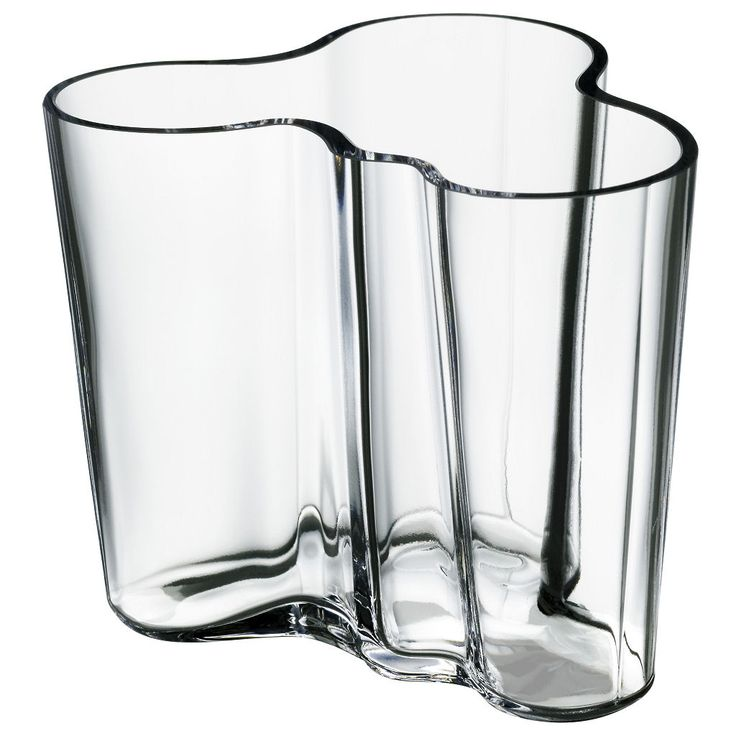 Icons of Industrial Design: Alvar Aalto Vase. Designer: Alvar Aalto and Aino Marsio. Company: Karhula-Iittala. Date: 1936. #industrialdesign