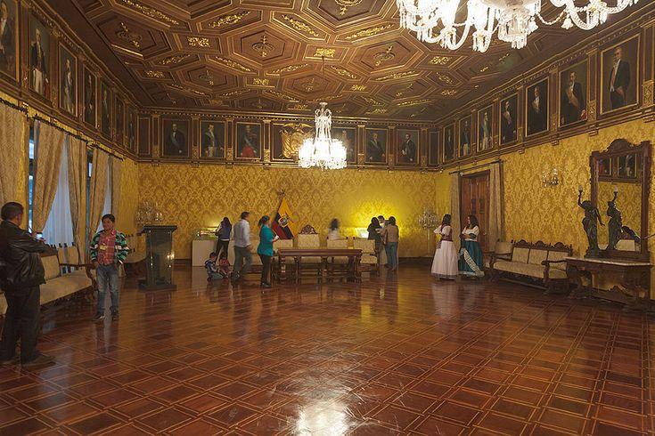 #carlotafernandez #googlemaps #googleviews #carlotaconbotaz #carlotaconbotas #carlotaconbota #carlafernandez #quito #ecuador #carondelet #palacio #palaciocarondelet