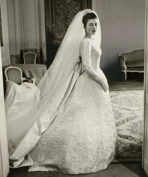 carolathhabsburg:  Pss Helene of France on the day of her wedding with Count Evrard of Limburg-Stirum, 1957. British Pathe has a short clip of her wedding  and highlights include a very young Prince Juan Carlos of Spain as witness and Queen Frederika of Greece as the highest ranked royal to attend.  Via this link:  http://www.britishpathe.com/video/royal-wedding-aka-the-marriage-of-princess-helene