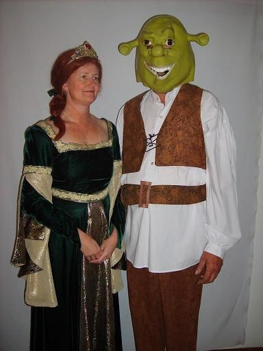 Shrek and Fiona Available for hire in size: Shrek- Lge - XXL Fiona available in size 10 up to 16 (dress may vary)