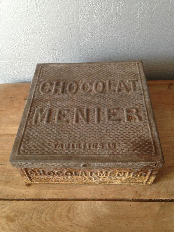 10 best boites metal anciennes images on pinterest vintage tins antique boxes and tin cans. Black Bedroom Furniture Sets. Home Design Ideas