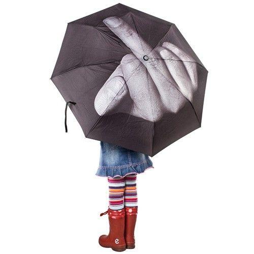Paraplu fuck the rain  In Nederland en België komen we er niet snel onderuit; regen, regen regen......   De oplossing hiervoor is natuurlijk een paraplu, en die bestaat al wat jaartjes, maar met deze val je wel wat beter op! Een mooie stijlvolle paraplu met een afdruk van een middelvinger waardoor de regen gaat blozen, en nu maar hopen dat de zon weer gaat schijnen.
