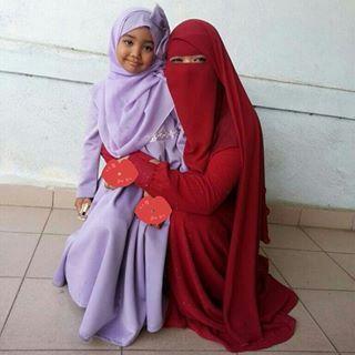 Nak niqab labuh (RM35) macam kat atas tu ws kita +60145009530. Nak yg simple?…