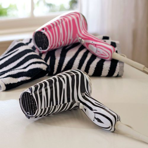 25 best ideas about zebra bathroom on pinterest zebra for Bathroom ideas zebra print
