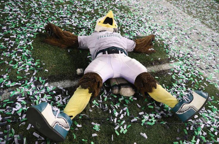Philadelphia Eagles' flight officially touches down in Minneapolis