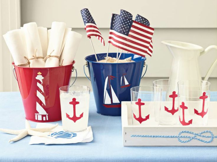 Craft up a nautical theme this 4th of July with paints and stencils from #marthastewartcraftsMedium Stencils, Ideas, Marthastewart, Theme Parties, Stewart 32257, Martha Stewart Crafts, Nautical Theme, Nautical Parties, Nautical Study