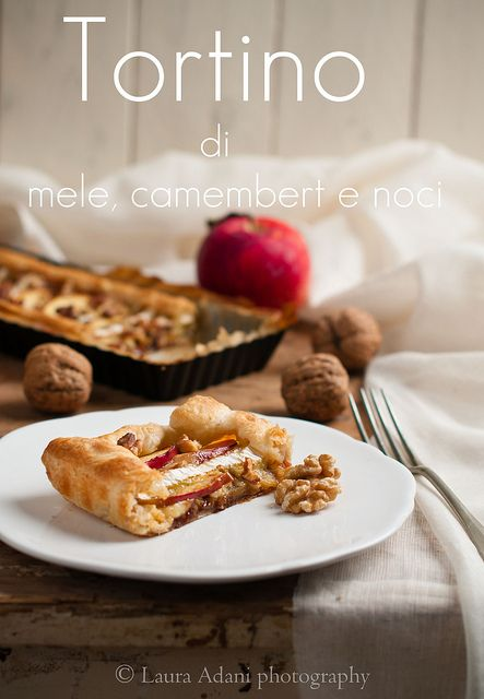 ... mele, Camembert e noci– Apple savory cake with Camembert and walnuts
