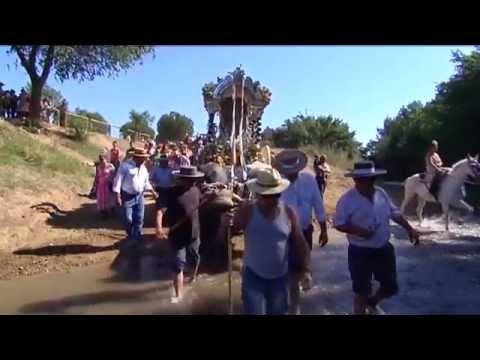 Hermandad del Rocío de Gelves en el vado del Quema