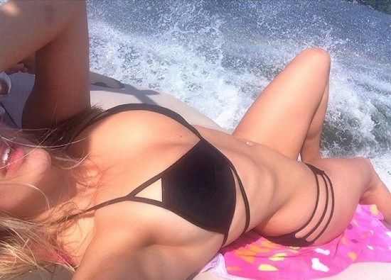 A bikini a day keeps the doctor away : theCHIVE