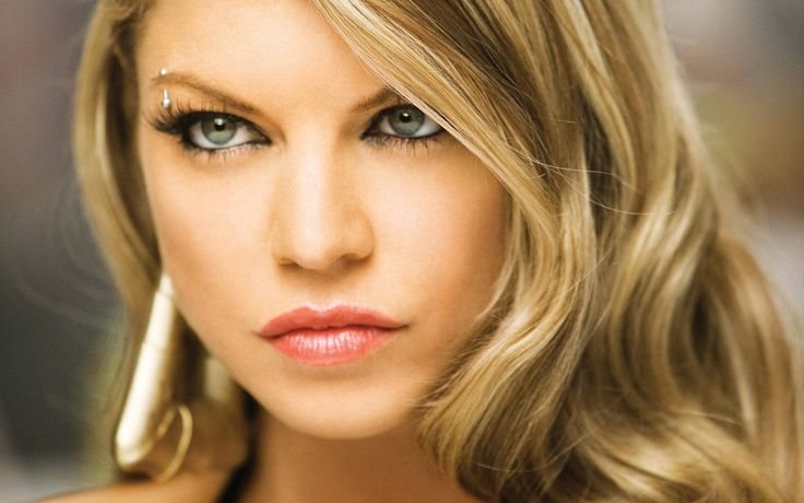 pictures of celebrities | Fergie wallpapers | Celebrity Wallpapers