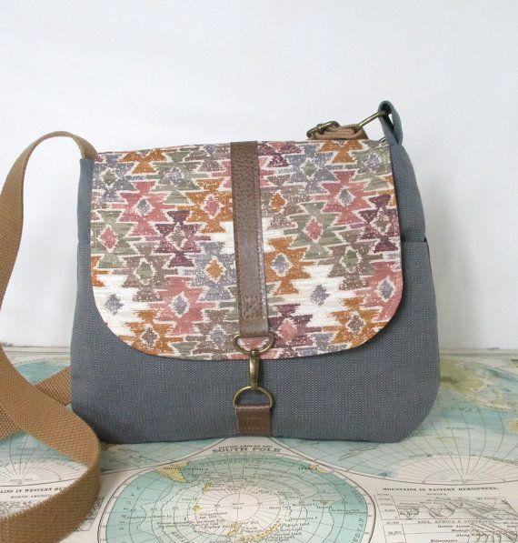 Mesa Crossbody messenger bag // Everyday purse // by atlaspast