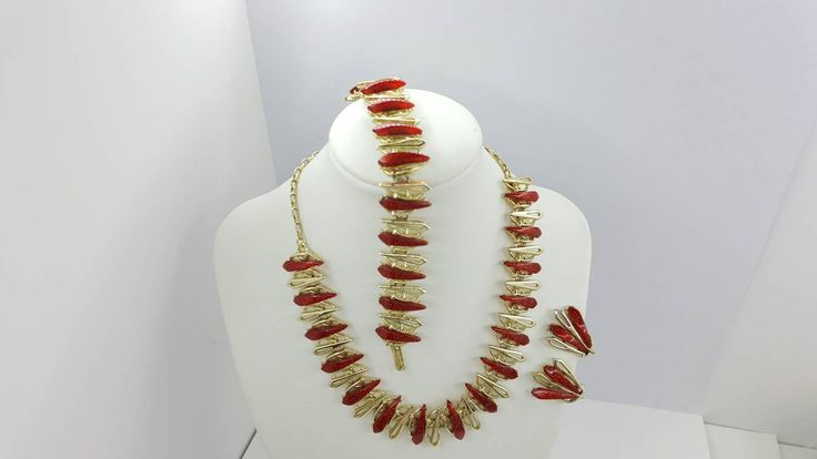 Necklace Bracelet and Clip Earrings Red Thermoset Art Deco Styling gold tone Set Parure