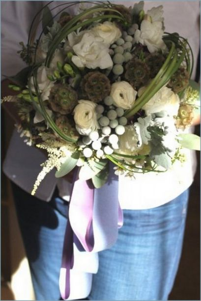 Beautiful Rose, Hydrangea and Brunia Berry Wedding Bouquets ...