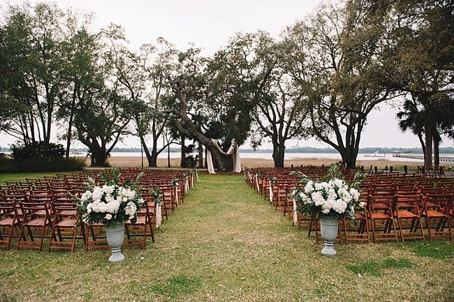 Anna & Woody's gorgeous wedding view at the historic Lowndes Grove Plantation | Charleston, SC | Real wedding featured on The Wedding Row | Winter Wedding Inspiration | Photo by Jennings King Photography