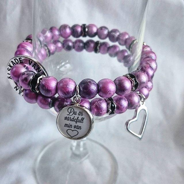 WEBSTA @ esmiliasmycken - Armband 99kr fri frakt finns ettStandardmått#namn #namnarmband #personligt #armband #budskapsarmband #pärlarmband #smycken #mamma #mormor #farmor #barn #barnbarn #present #bloppis #loppis #tillsalu #gåva #armbånd #smykke #pärlor #pyssel #Jewelry #viärallapysselmorsor #bracelet #handmadejewelry