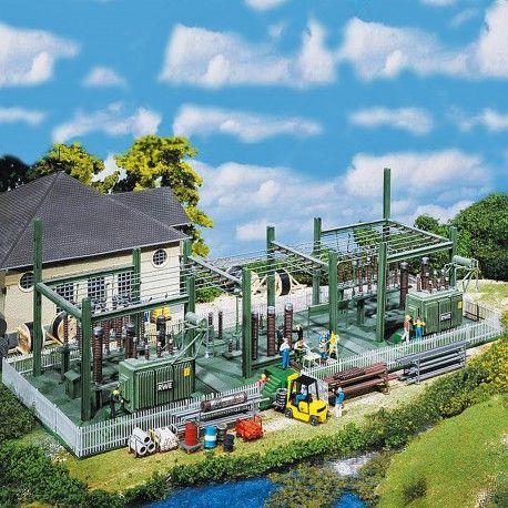 Poste de transformation électrique #HO #Faller A retrouver ici : http://www.latelierdutrain.com/les-entrepots-et-industries/100228-poste-de-transformation-electrique-ho-1-87-faller.html